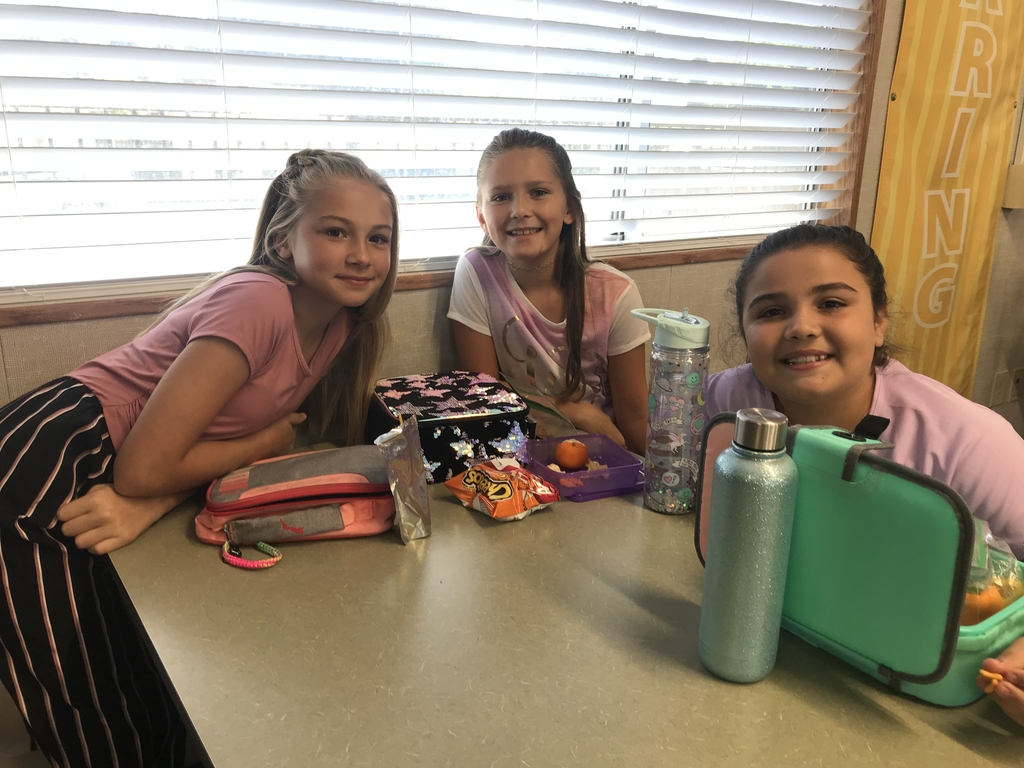 First Day of School - Lunch With My Friends